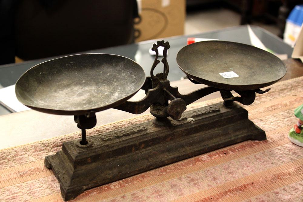 Recogida de muebles usados madrid donar muebles usados for Muebles usados madrid